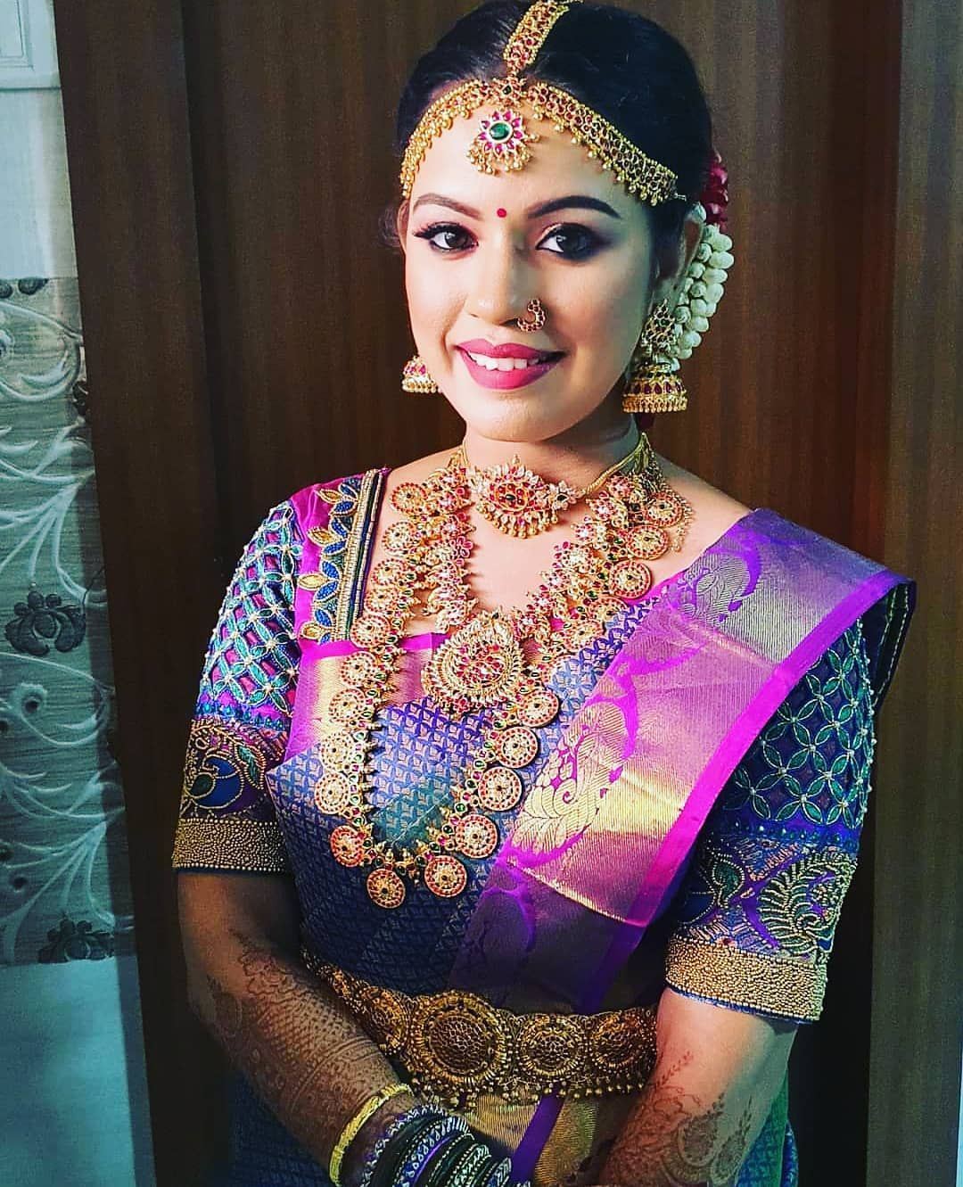 Complete South Indian Bridal Jewellery On Rent South India Jewels In 2020 Indian Bridal Hairstyles South Indian Bridal Jewellery Indian Bridal