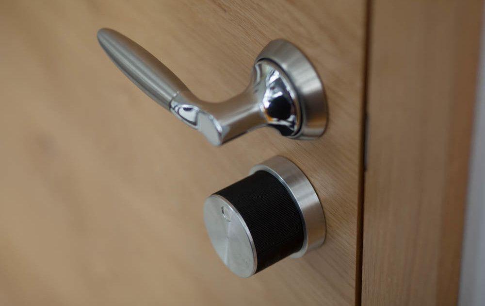 Could The Sleek Teodoor Be The World S Smallest Smart Lock Digital Trends Smart Door Locks Smart Lock Digital Trends