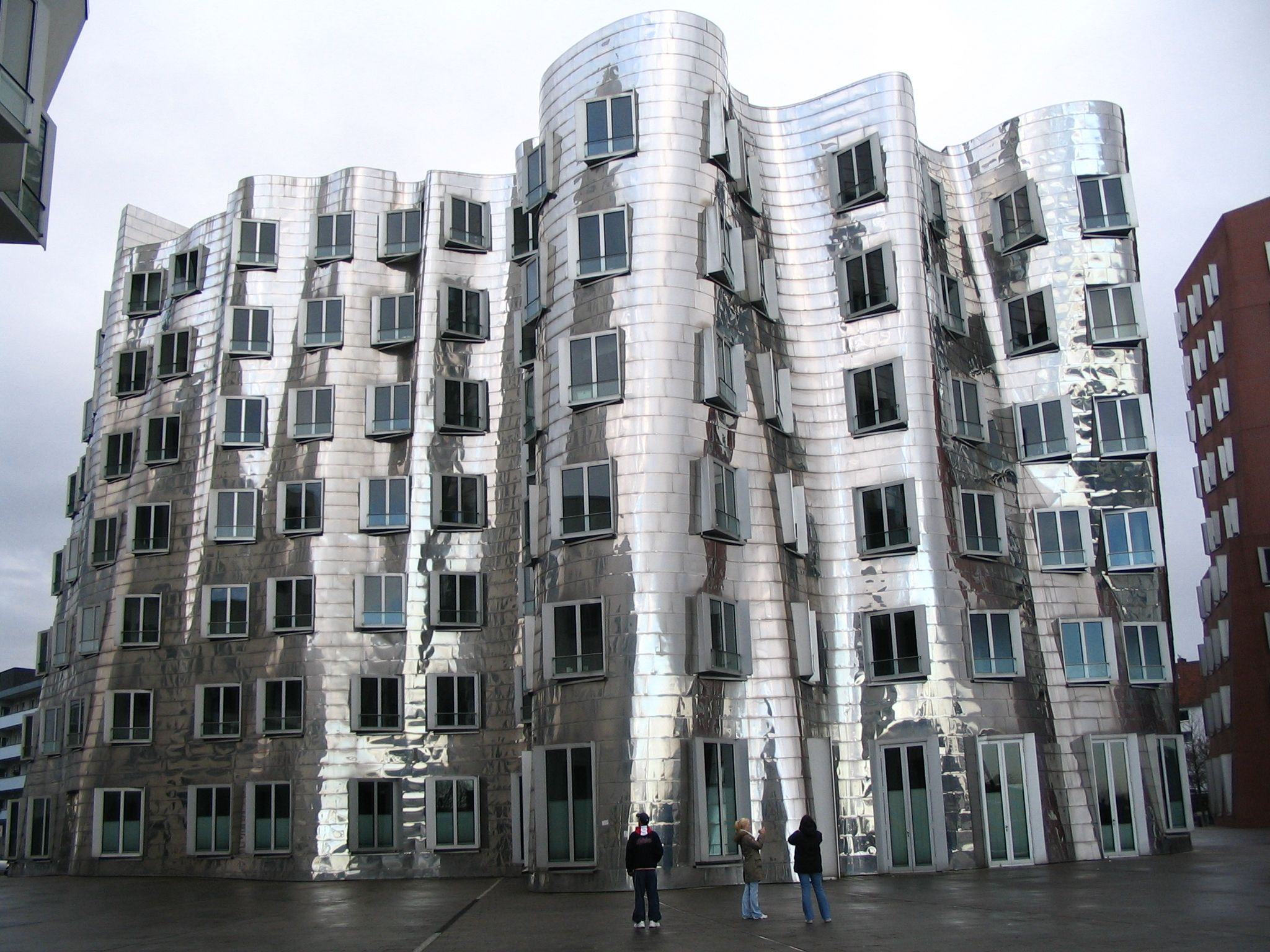 Len Düsseldorf pin by chris allendorf on archit frank gehry building