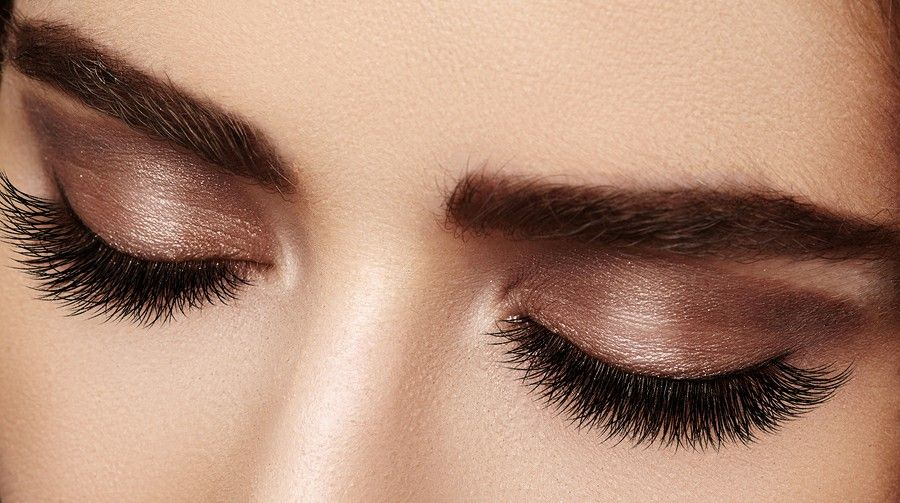Trend Meckup 2020 Meckup Trendwoman Make Up Augen Lange Wimpern Make Up