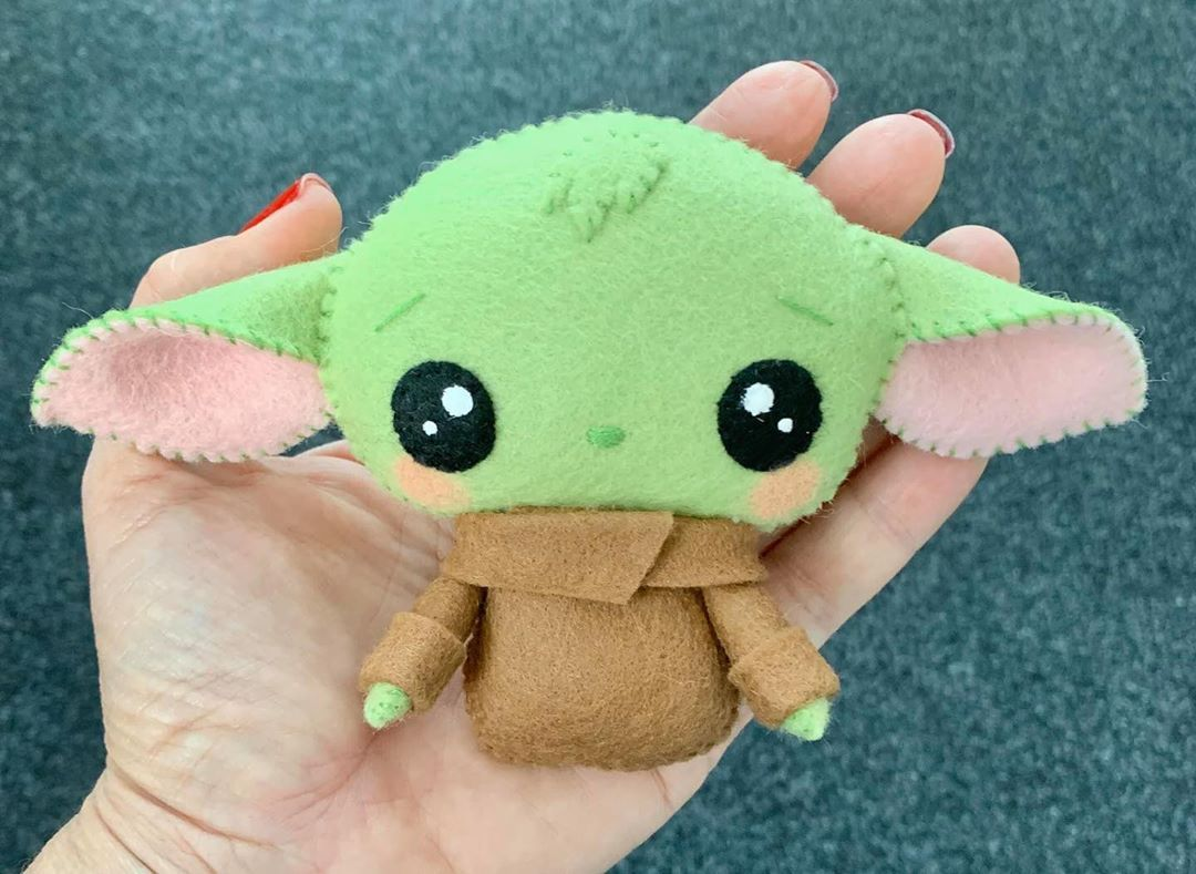 248 Curtidas 6 Comentarios Felt Toy Patterns Sokolfelt No Instagram Awesome Baby Yoda Toy Made By Little Felt Toys Patterns Felt Dolls Felt Crafts Diy