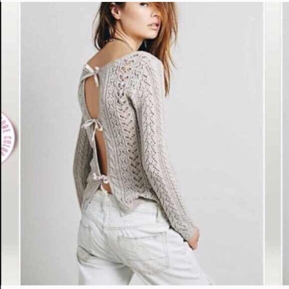 """Free People """"Tight Lace Tie Up Back"""" sweater. NWT. Free People """"Tight Lace Tie Up Back"""" sweater. NWT. Size Medium. Free People Sweaters Crew & Scoop Necks"""