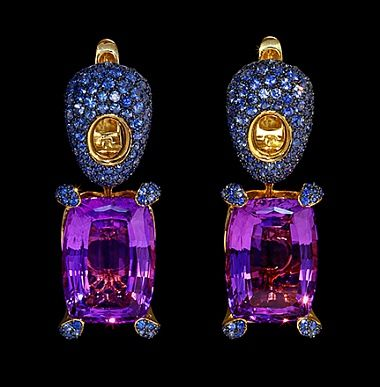 Earrings Sabre - buy in Mousson Atelier - yellow gold, amethyst, sapphires