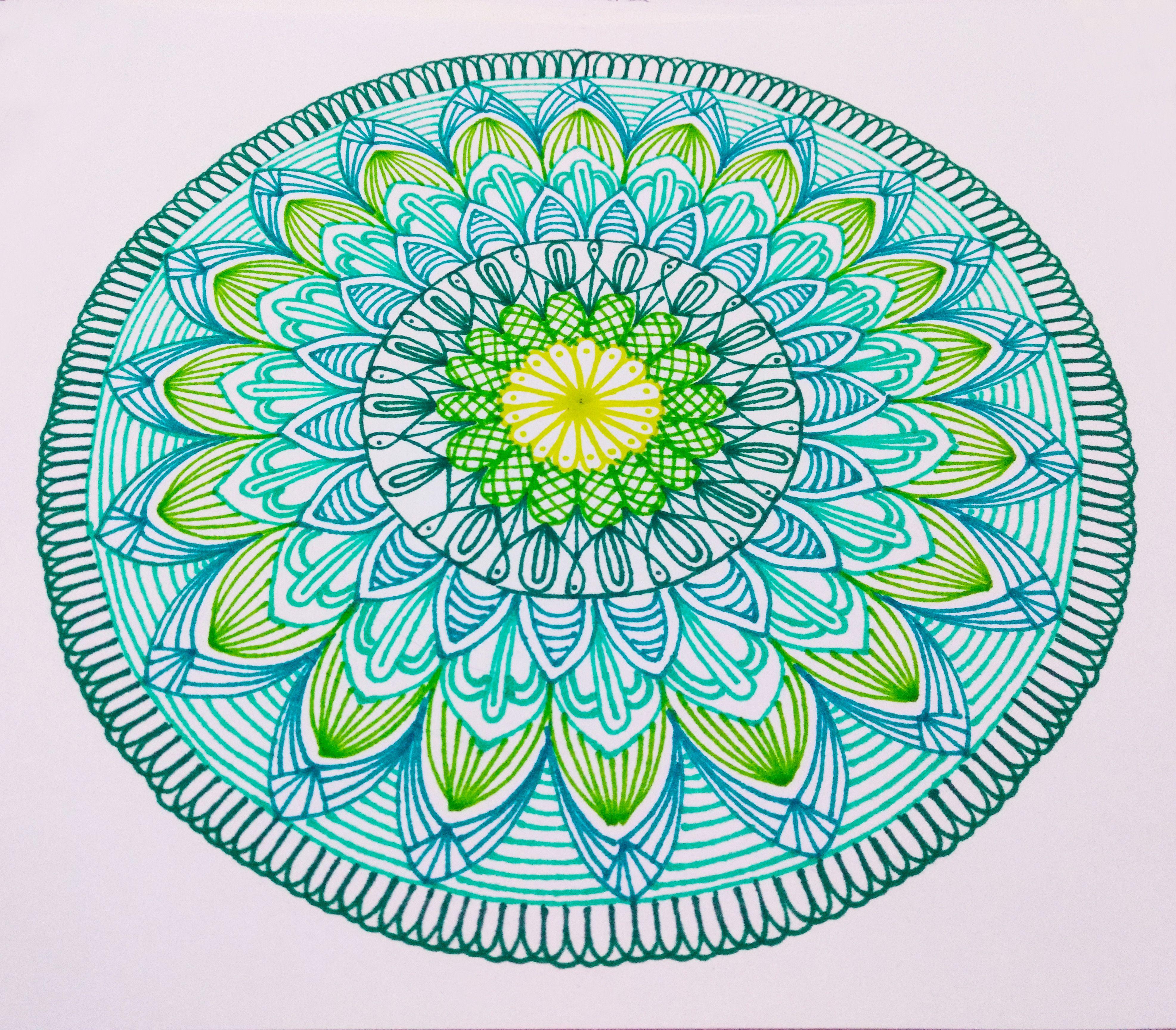 Mandalas De Colores Hechos Con Marcadores Sharpie De Punto Fino Mandalas De Colores Dibujos Galaxia Dibujo