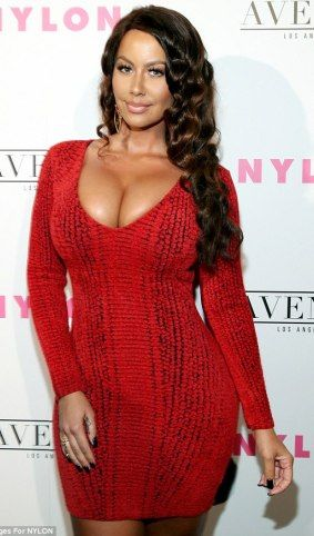 Welcome To Ramseyupdate Amber Rose Is That You Photos Amber Rose Brown Hair With Highlights Amber Rose Pictures