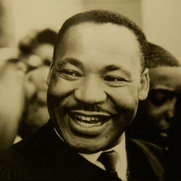 MARTIN LUTHER KING JR PORTRAIT MENS T SHIRT CIVIL RIGHTS FREEDOM ACTIVIST