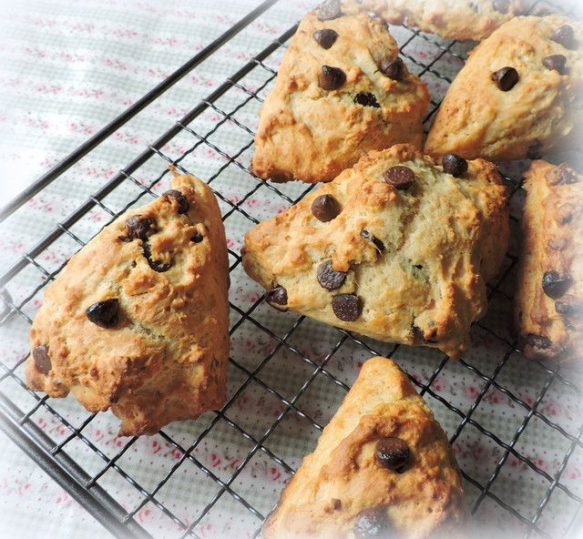 Chocolate Chip Scones . . .  low fatfrom The English Kitchen
