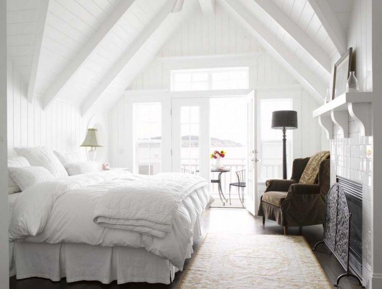 Chambre blanche en 65 super id es de meubles et d coration lambris bois peint et lampadaires - Chambre blanche et bois ...