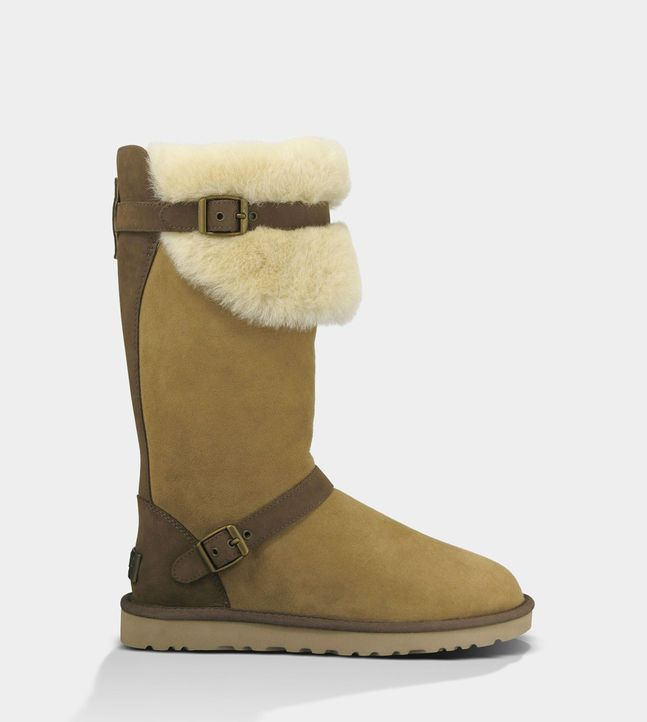 I already have 5 pairs of Uggs but I'd love this pair of Ugg Australia Ciera boots to add to my collection