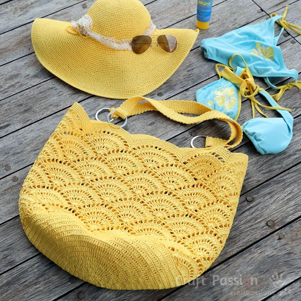 Beach Tote Crochet Pattern • Free Crochet Patterns | Craft Passion • Page 2 of 2