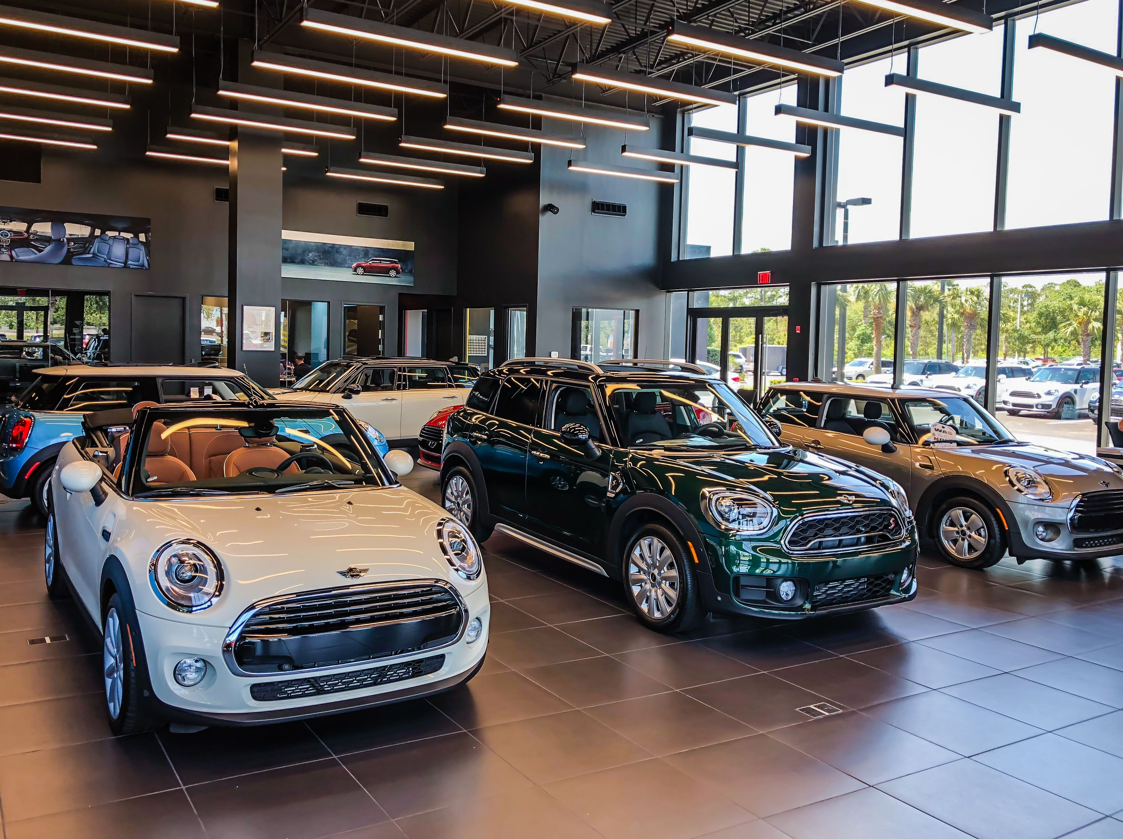 Our Team Member Andrew S Snapped These Great Photos Of Our Showroom Here Mini Of Daytonabeach See A Mini Yo Mini Clubman Mini Convertible Daytona Beach