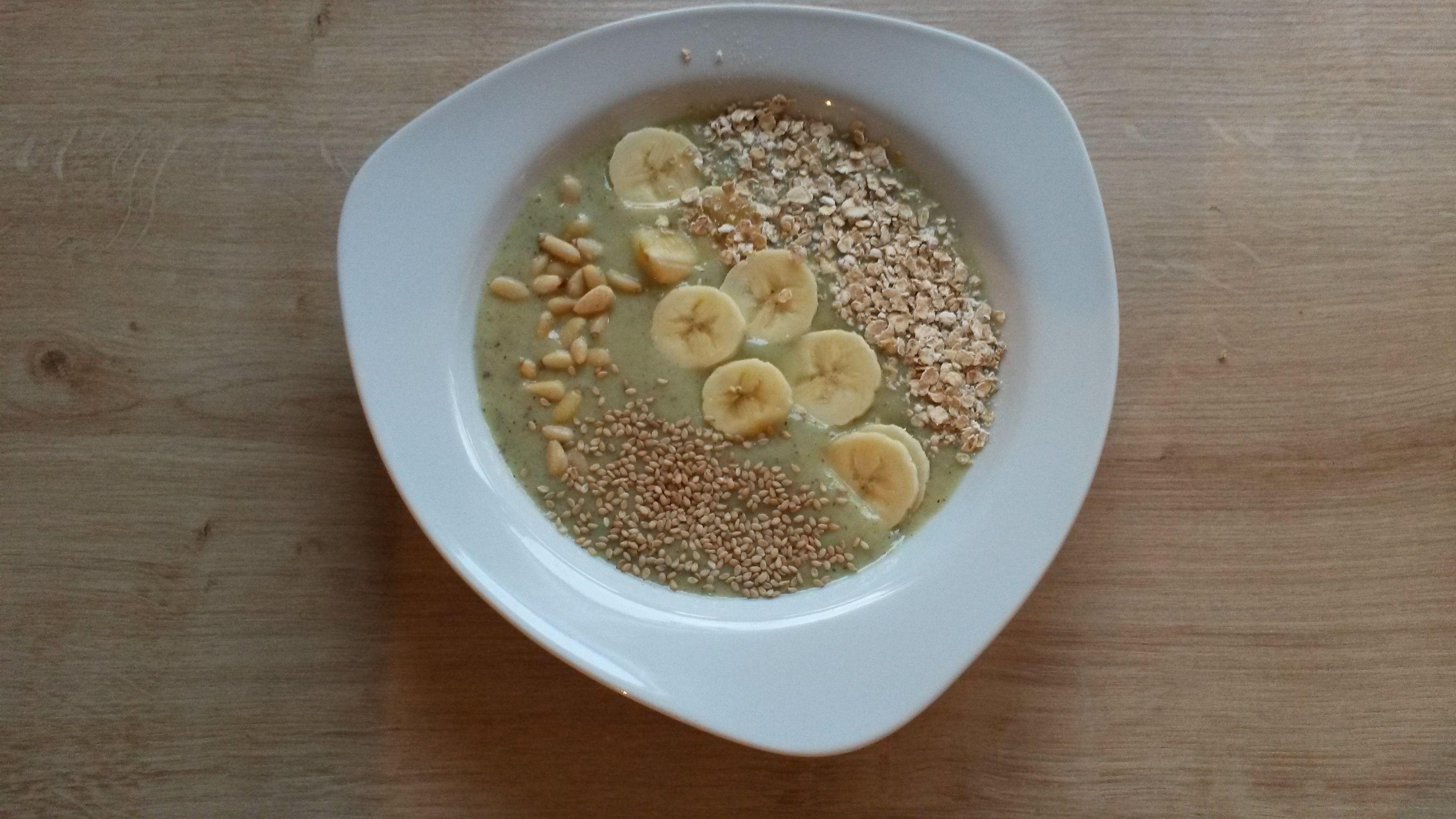 Smoothie Bowl Banane Kiwi Rezept Smoothie Detox Pinterest