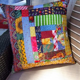 QuiltBee: quilt-as-you-go pillow