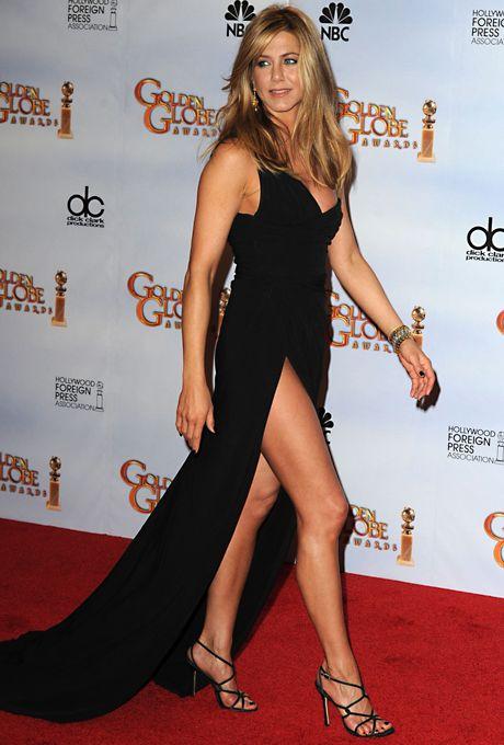 Celebrity Weddings And Engagements Jennifer Aniston Legs