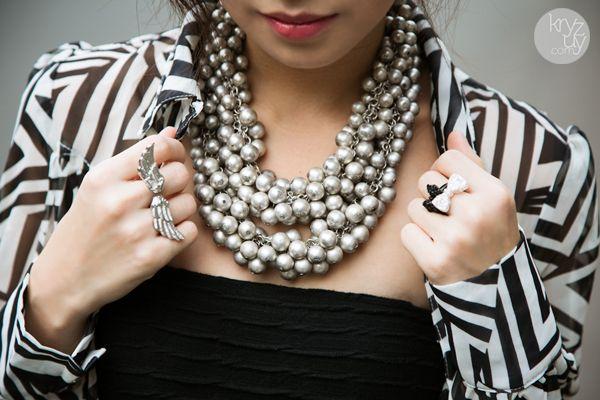 Statement necklace!!! Love!!