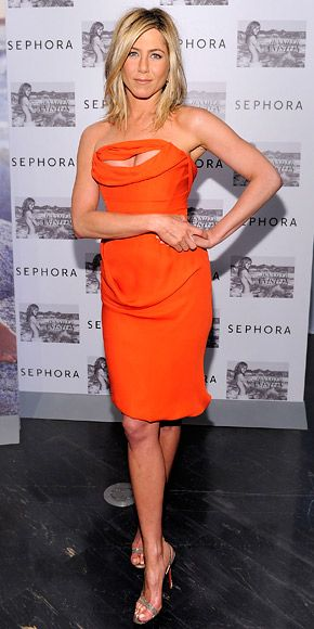 14 Times Jennifer Aniston Chose Not to Wear Her Signature LBD | Jennifer aniston photos