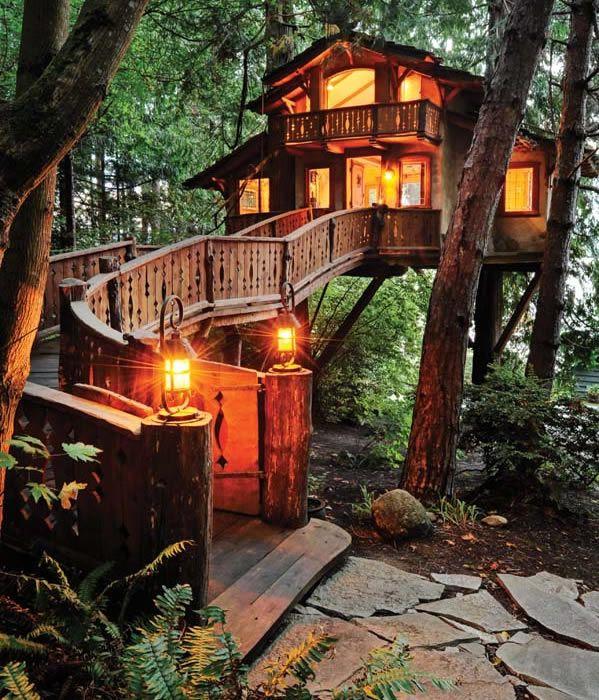 Si No Quieres Escalar Para Llegar A Tu Casa Puedes Hacer Un Caminito Casas Ecologicas Casas Casa Del Arbol