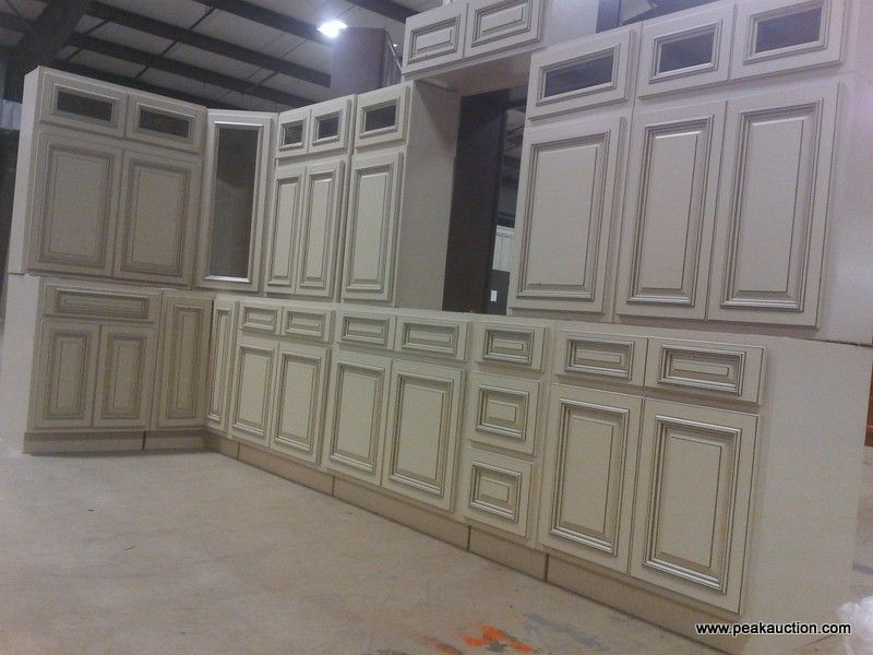 Kitchen Cabinet For Sale By Auction Baltimore Md Building Material Auctions Peak Auctioneer Kitchen Cabinets For Sale Cabinets For Sale Building Materials