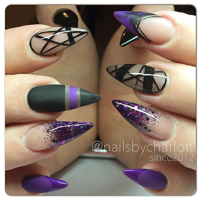 Theese were SO FUN to do  Thank you @asa88bj for trusting me! Inspo from Sarah • @getbuffednails  Handpainted pattern with acrylic color  #nails #nailart #naglar #nailtech #nagelterapeut #nagelteknolog #nailswag #nailporn #nailpro #nailaddict #nailswag #naildesign #req #reqlove #reqsweden #reqswe #reqgbg #reqab #reqgel #reqgele #nails2inspire #french #softfrench #faded #stenungsund #sweden #paint #måla #nailpaint #handmålat #handpaint