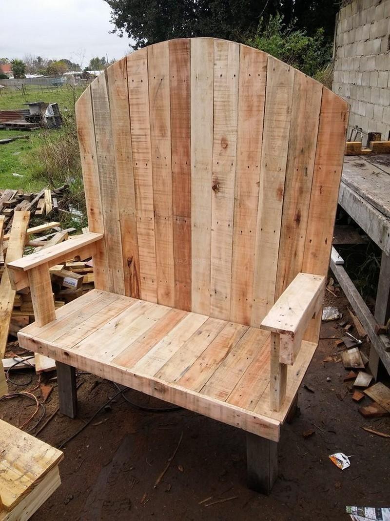 Fantastische Einfache Schritte, Zum Eines DIY Paletten Holz Sofas Zu Machen  #eines