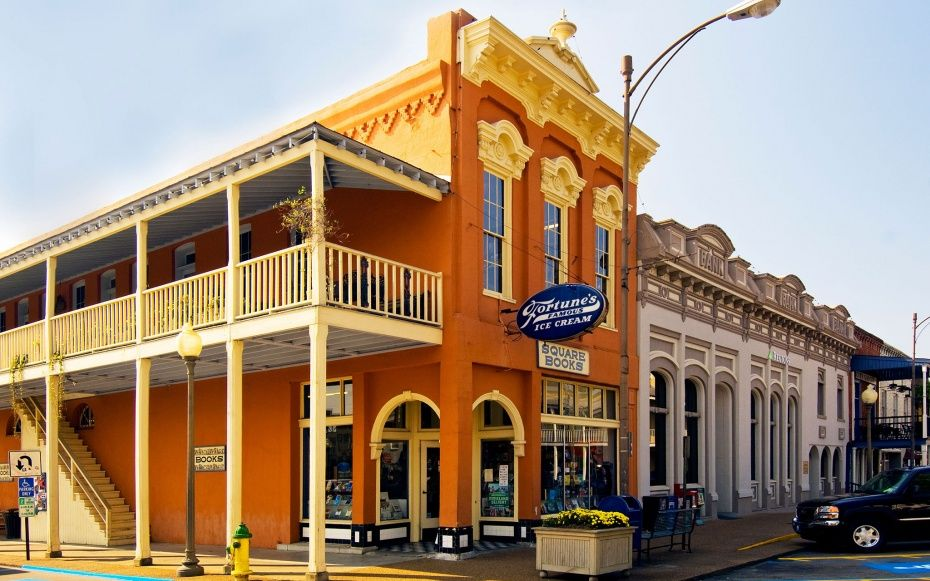 Americas best college towns 2014 small towns usa small