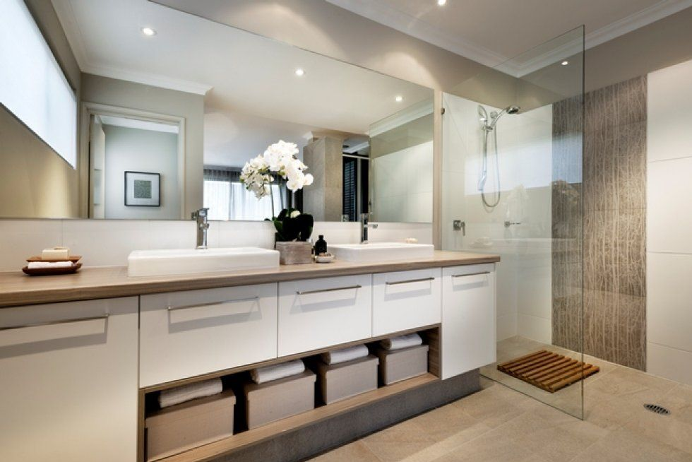 Like this layout for bathroom love the frameless open for Bathroom designs brisbane