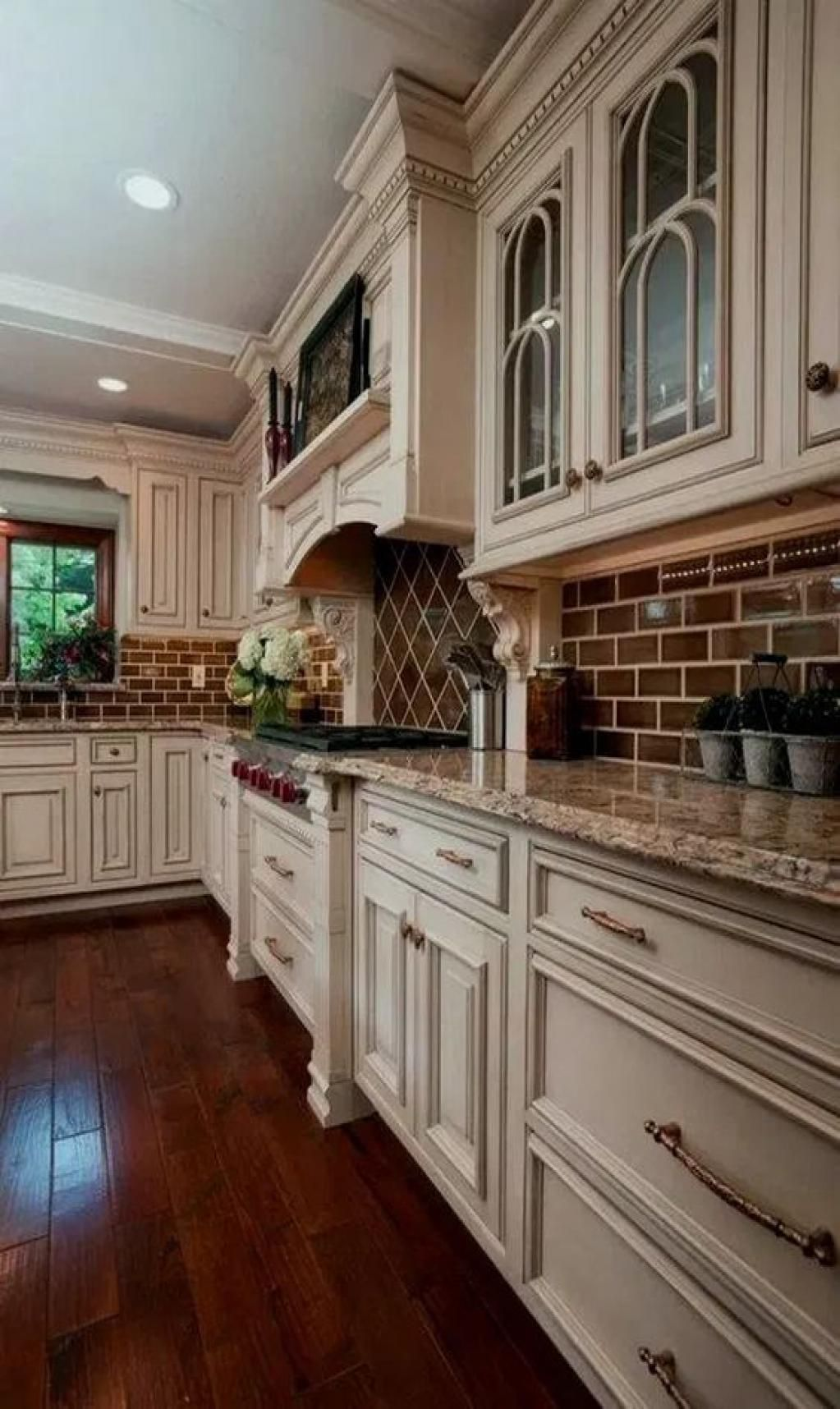 45 Fabulous Kitchen Cabinet Design For Apartment In 2020 Country Kitchen Cabinets Country Kitchen Designs French Country Kitchens