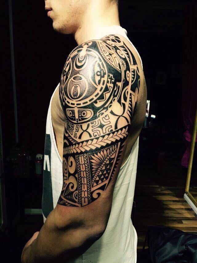 Maori Tattoo Studios: Tattoo Bildergalerie Studio Bad Vilbel • Skull Tattoos