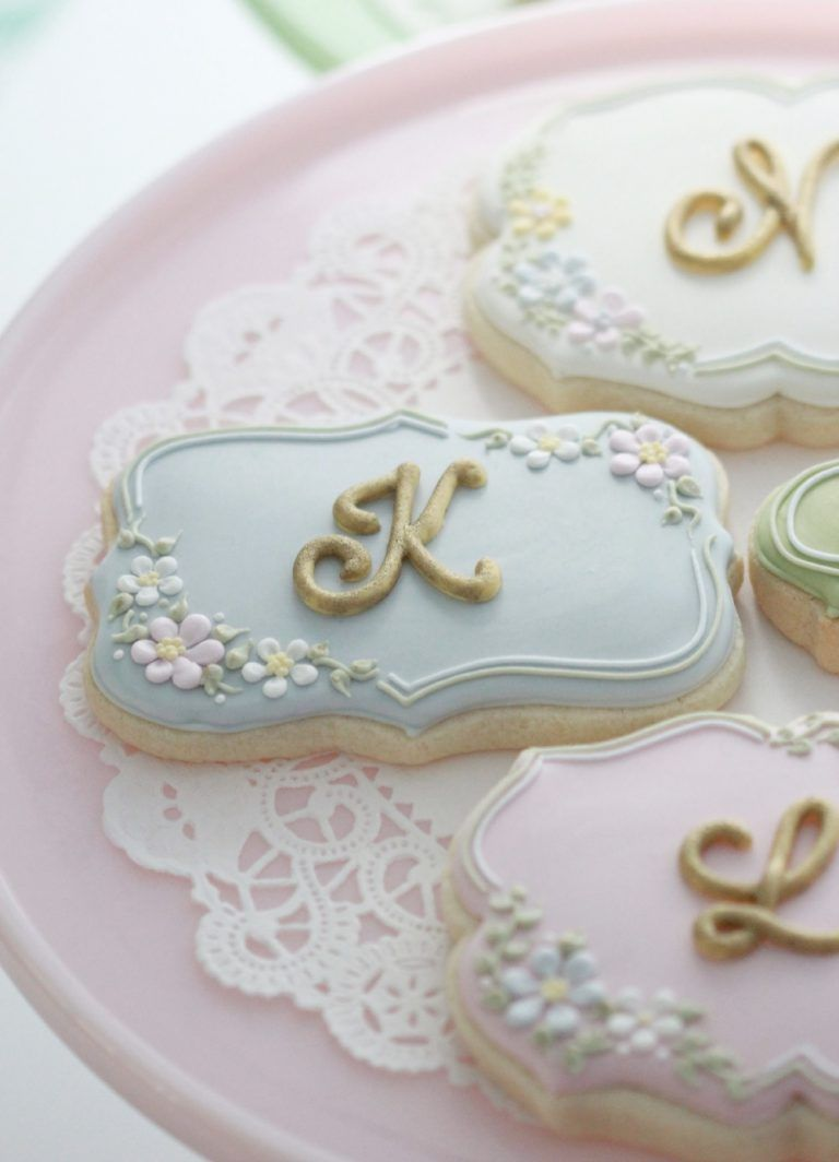 Royal Icing Lettered Cookies Sweetopia | Cookies in 2019
