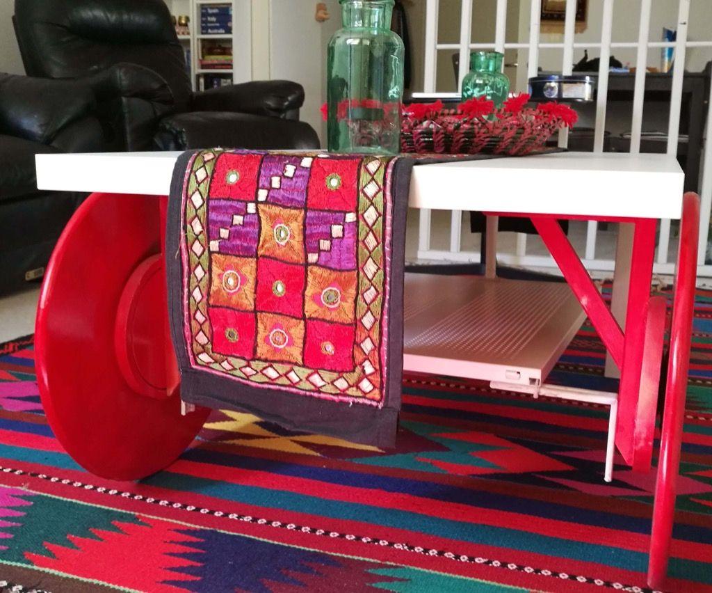 Fabriquer une table basse roulettes bidouilles ikea table basse roulette table basse et - Table a roulettes ikea ...