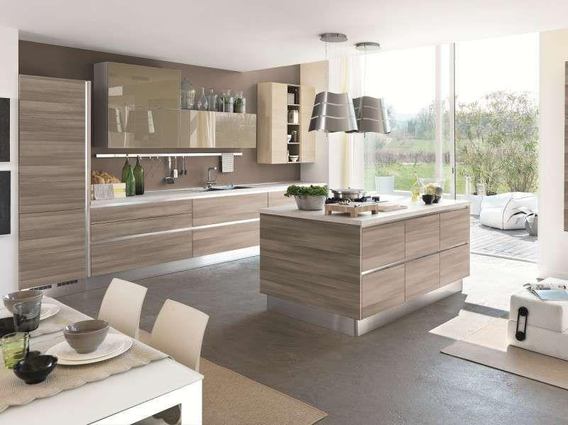 Abbinare il pavimento al rivestimento della cucina nel for Rivestimento cucina