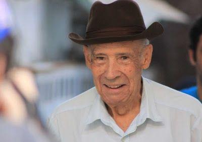 REYNAZUL TU RADIO AMIGA... Y VIVA POR SIEMPRE...: DECESO Murió a los 93 años el reconocido actor cub...