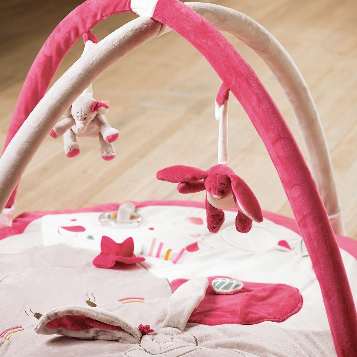 Anna pili noukies elephant rabbit baby chambre for Chambre bebe noukies