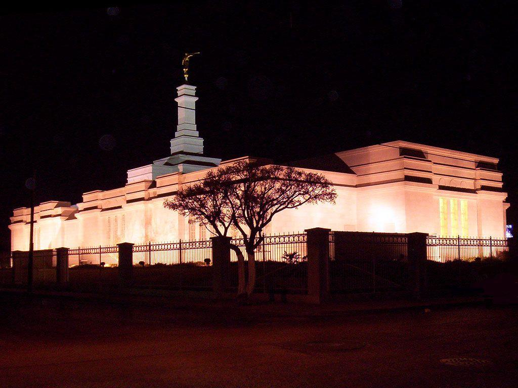 Ciudad Juárez México Mormon Temple #LDS #MormonTemple    Remeber to also check out: MormonFavorites.com