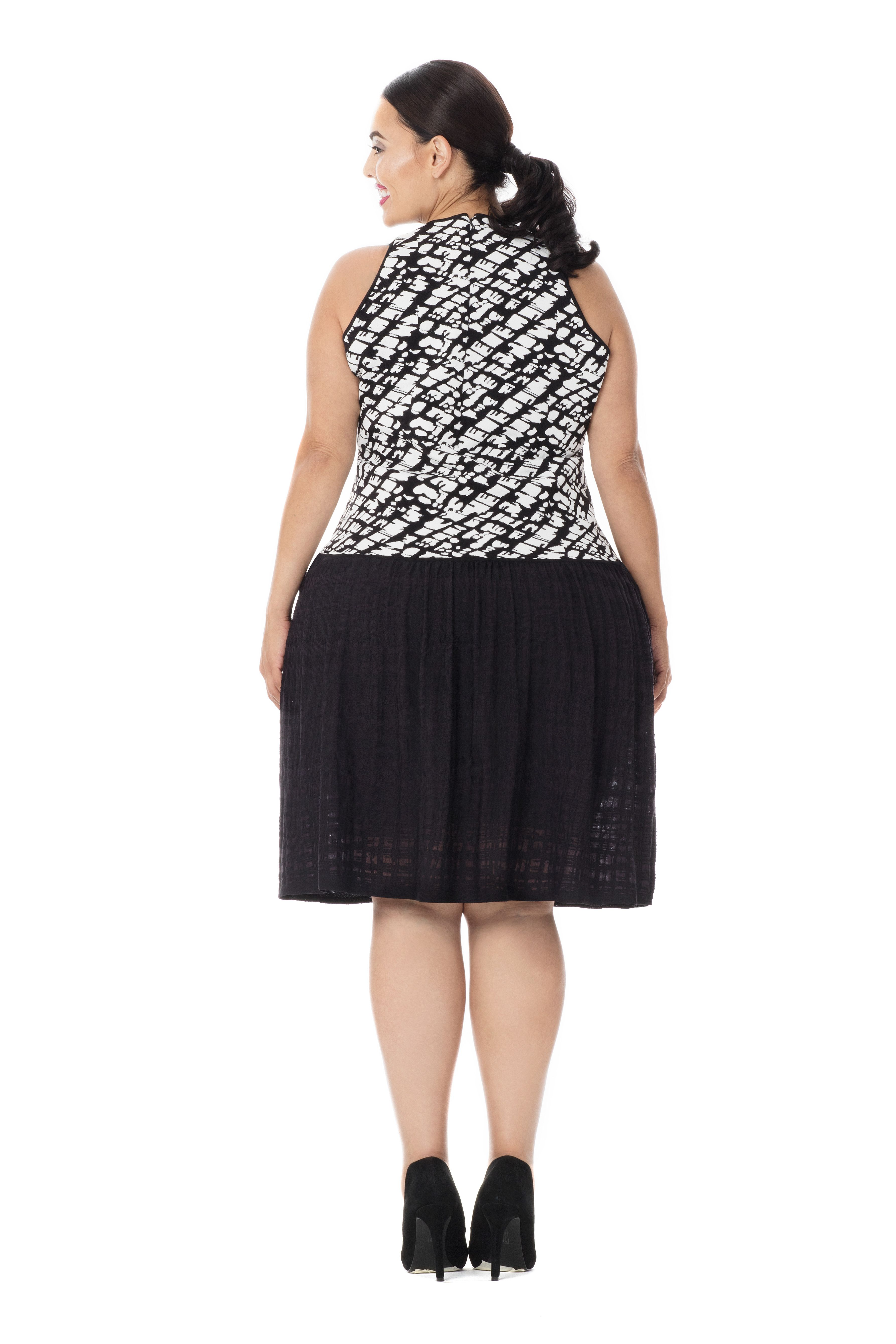 Luxury Plus Size Fashion Best For All Body Types The Salma Dress