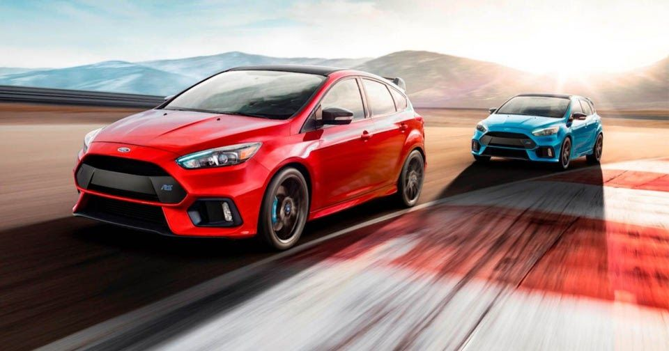 Ford Focus Rs Limited Edition Gets Red Paint And Front Limited