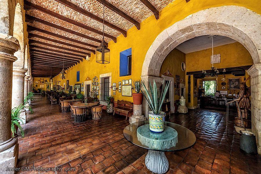 Pin de joseph gimenez en carribean interior mexican for Decoracion de casas tipo hacienda