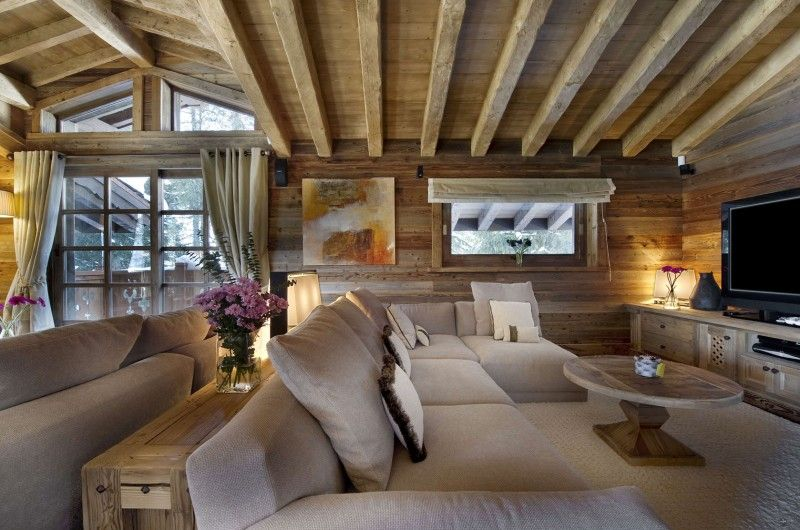 Great Remarkable Chalet Les Gentianes 1850 With Rustic Wooden Ceiling And Beige  Comfort Sofa Ideas, Architecture U0026 Interior, Pixels