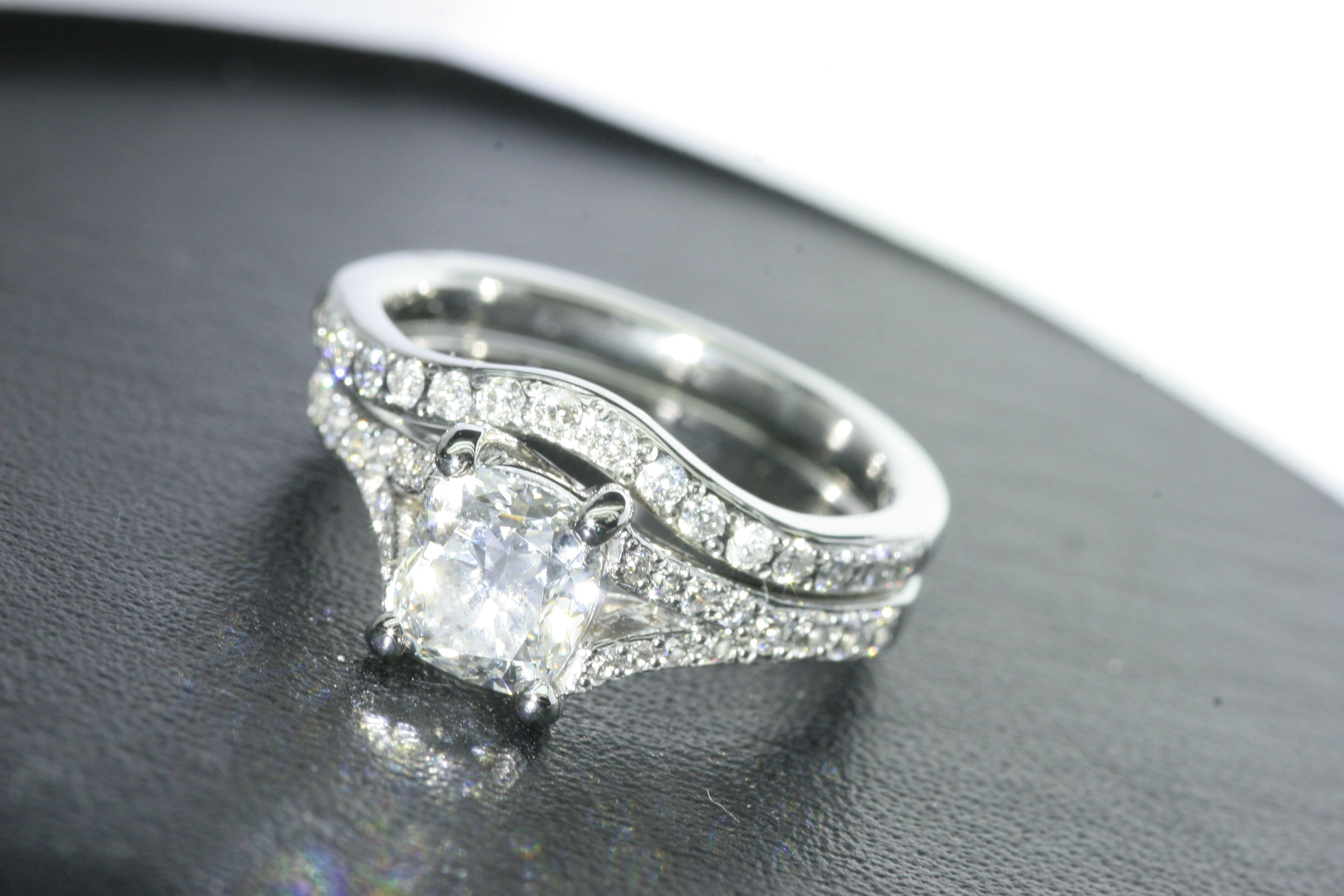 pear wedding diamond side diamonds ring estate with platinum rings tw in shaped baguette