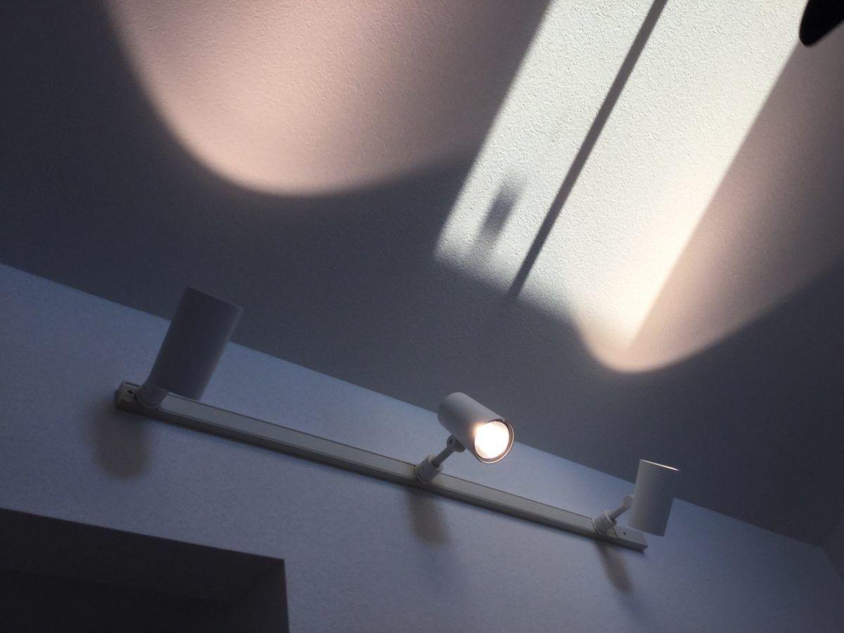 東京都世田谷区にお住まいのn様 吹き抜け傾斜天井リビングとダイニング