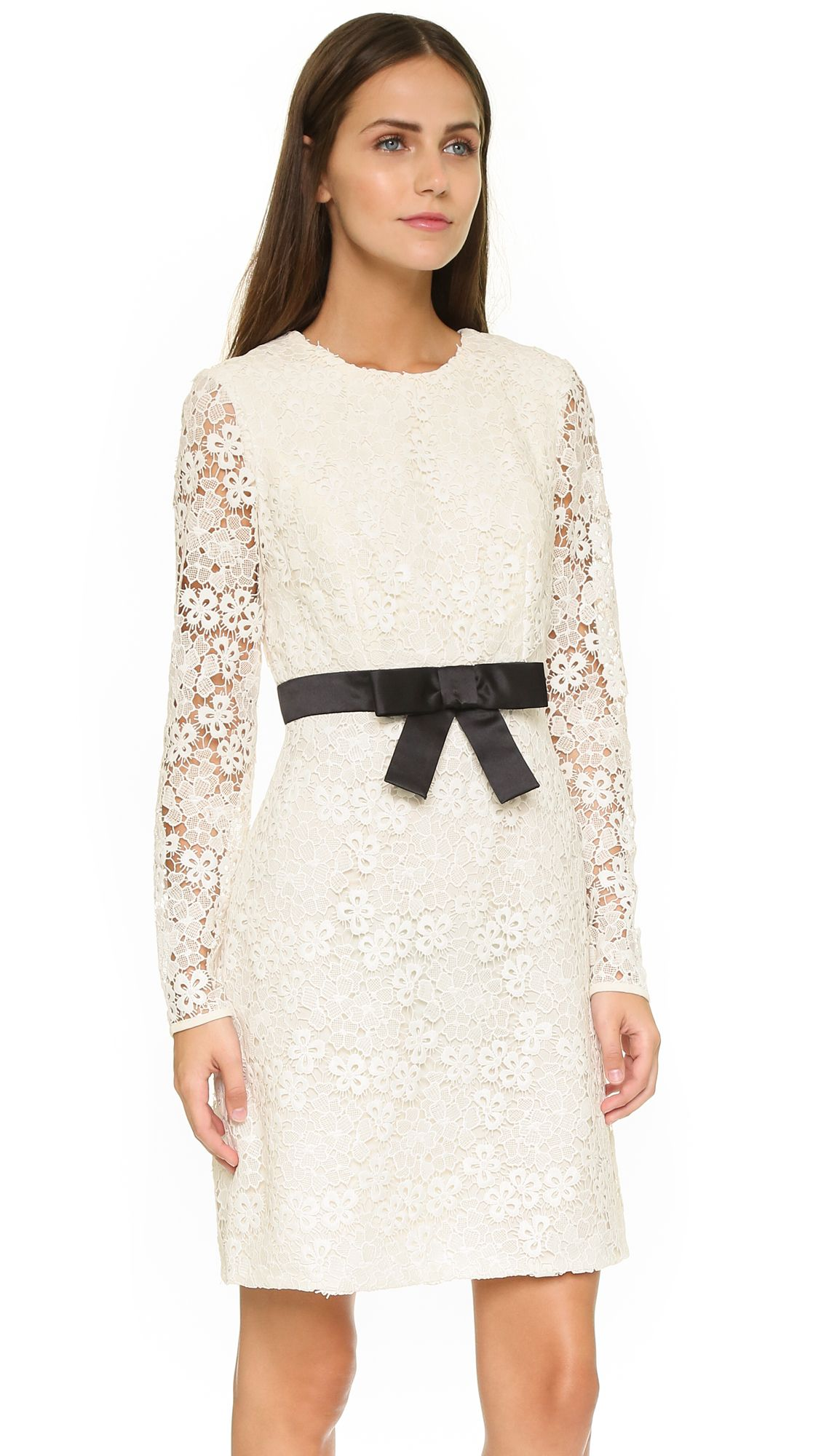 White boat neck long sleeve embroidery lace dress long sleeve