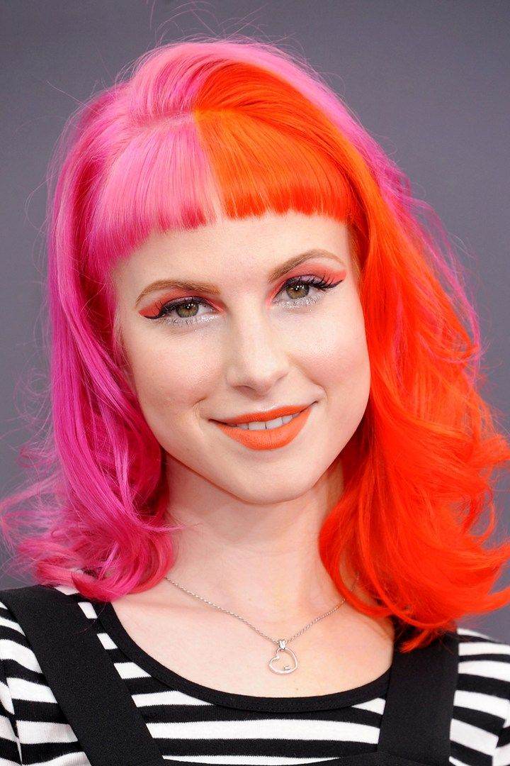 Pin By Vigggggy On Hayley Nichole Williams Pink And Orange Hair Bright Hair Hair Color Pink