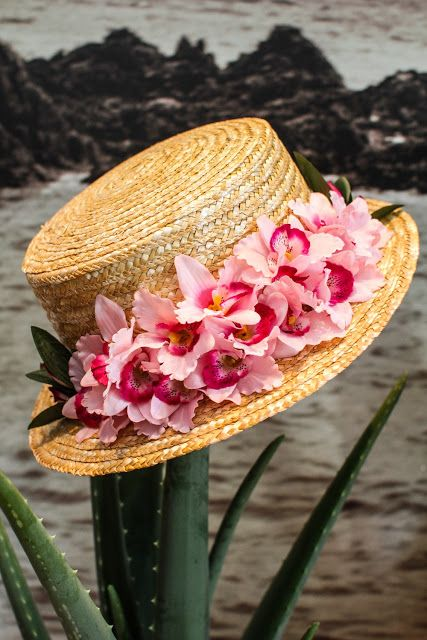 ed3090aa9b891 Fleurs sur canotier Love the hat debs