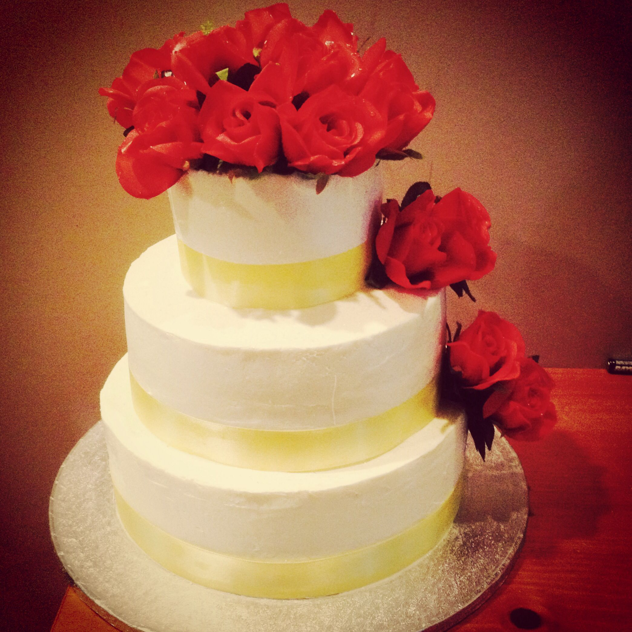 Yellow and Red wedding cake. | My cakes/cupcakes/cookies | Pinterest ...