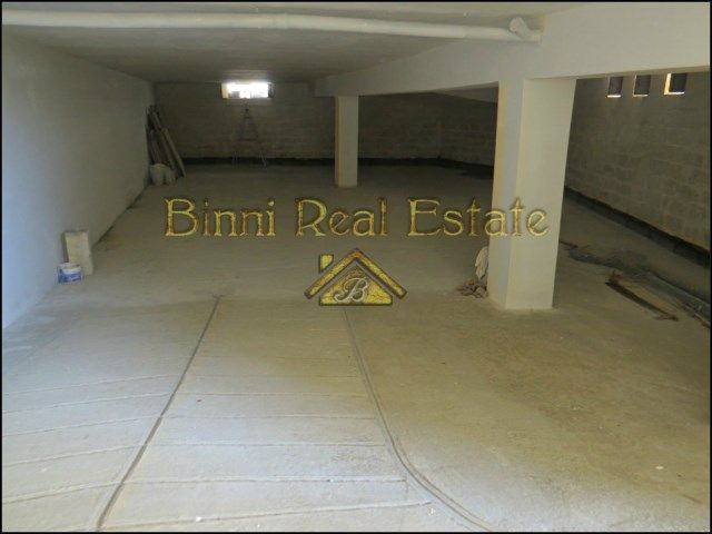 Malta Property Garage Warehouse For Sale Or To Let Mriehel Property Commercial Property For Sale Property For Rent
