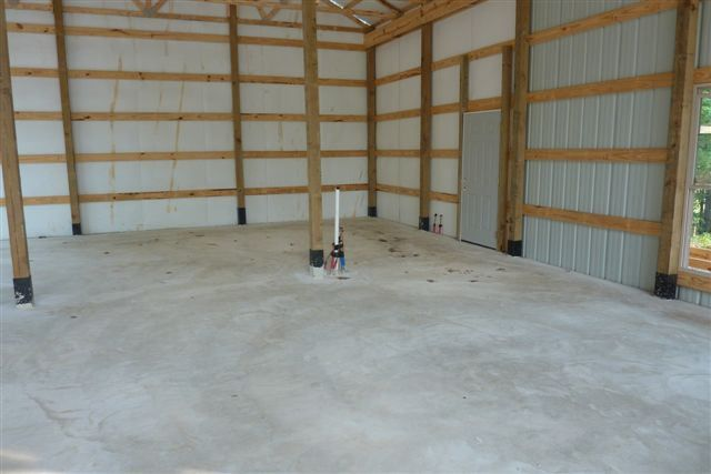 One Man 80 000 This Awesome 30 X 56 Metal Pole Barn Home 25