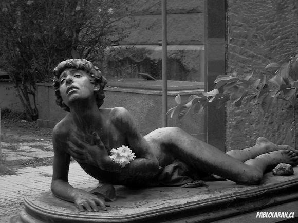 Young boy Dead Statue,Cemitério São João Batista,Saint John the Baptist Cemetery,Rio de Janeiro, Brazil, Pablo Lara H Blog, pablolarah