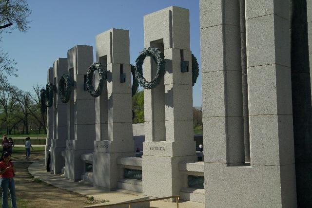 See Photos of the World War II Memorial: World War II Memorial