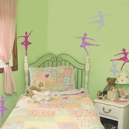 10 sch ne wandtattoos ideen f r ein niedliches m dchen kinderzimmer wandtattoos wandtattoos. Black Bedroom Furniture Sets. Home Design Ideas