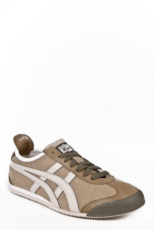 pretty nice d73c1 a3625 Amazon.com: Onitsuka Tiger Unisex Mexico 66 Sneaker: Shoes ...